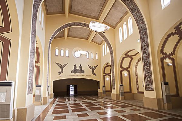 Vista genèrica de l'interior de la capella