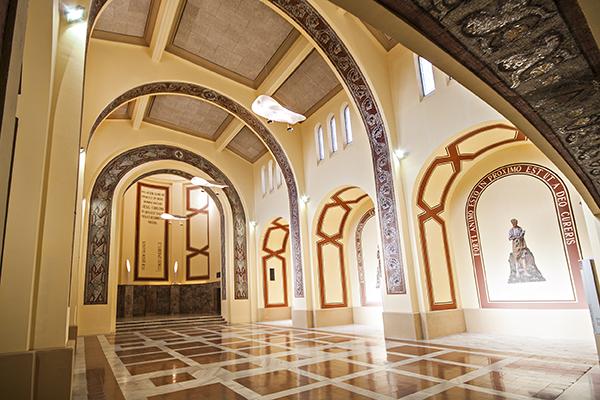 Vista genèrica de l'interior de la capella 2