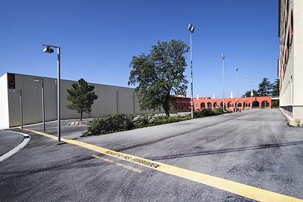 Vista general de la zona d'aparcament del plató 3 i 4