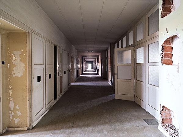 Vista d'un passadís de la Planta 1, Hospital del Tòrax